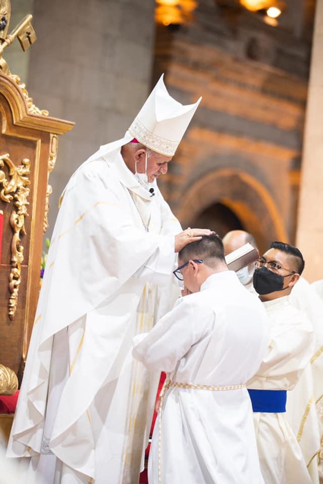 Ordenación diaconal de Luis Alcántara, CR